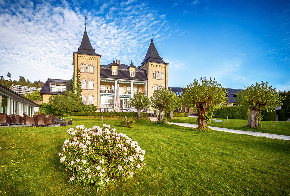 Hotell Refsnes Gods by Classic Norway Hotels -Fasade-LowRes-108-__Classic Norway-Christer Olsen Photo.jpg
